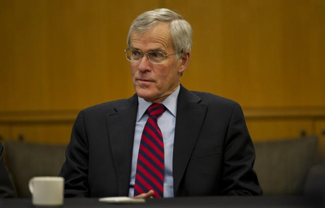 Senator Bingaman to Lead Stanford University Steyer-Taylor Center Initiative on Renewable Portfolio Standards as Distinguished Fellow